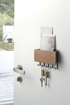 Have you turned your house inside out looking for your keys all too recently? Yamazaki Rin Magnetic Key Rack With Tray . Mail And Key Holder, Key Box Holder, Mail Holder, Remote Control Organizer, Magnetic Key Holder, Key Storage, Storage Cart, Storage Basket, Storage Ideas