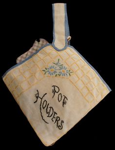 Vintage 20s Pot holders in Embroidered bag by SycamoreVintage, $25.99