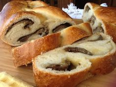 Treccia di pan brioche a lievitazione naturale
