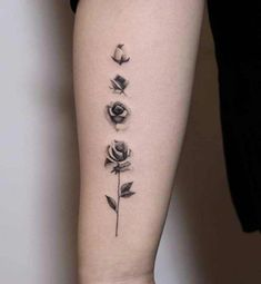 Feed Your Ink Addiction With 50 Of The Most Beautiful Rose Tattoo Designs For Men And Women tattoo designs 2019 - Tattoo designs - Dessins de tatouage Trendy Tattoos, Mini Tattoos, Cute Tattoos, Body Art Tattoos, New Tattoos, Celtic Tattoos, Awesome Tattoos, Rose Tattoos On Wrist, Wrist Tattoos For Guys