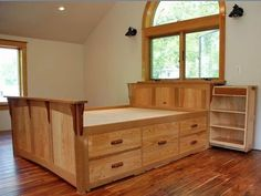 Headboard under focal window sill Photo: 5 underbed drawers on each side! Bed Frame With Storage, Diy Bed Frame, Bed Storage, Bedroom Storage, Drawer Storage, Bed Frames, Pallet Furniture, Furniture Plans, Bedroom Furniture