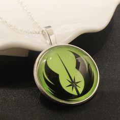 Jewelry Star Wars Galactic Republic Logo Resin Green Pendant Necklace For Women  R$ 15,00 + Frete - promoção válida até 06/12/15