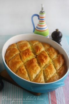 Greek Recipes, Wine Recipes, Cooking Recipes, Romania Food, Pastry And Bakery, Hot Dog Buns, Food To Make, Vegetarian Recipes, Good Food