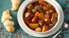Slow-Cooked Family-Favorite Beef Stew Family favorites can be slo-o-ow good. Piping-hot refrigerated biscuits are a natural with this one.
