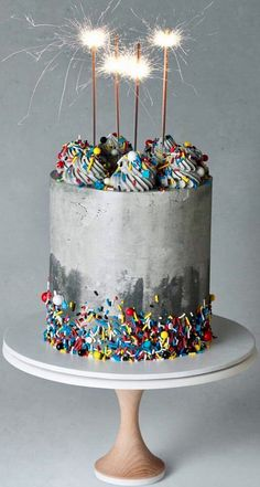 17 Trendy Birthday Cupcakes For Guys Kids Pretty Cakes, Beautiful Cakes, Amazing Cakes, Cake Cookies, Cupcake Cakes, Bolo Tumblr, Bolo Cake, Gateaux Cake, Birthday Cake Decorating