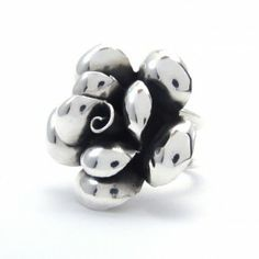 Silver rings, earrings, bracelets, necklaces and pendants. Silver Roses, Silver Jewelry, Cufflinks, Pendants, Bracelets, Earrings, Accessories, Bangle Bracelets, Ear Rings