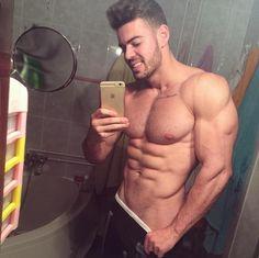 Ivan Lopez bathroom mirror selfie July5-2016
