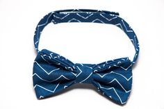 This navy blue chevron bow tie is perfect for a christening, wedding or photoshoot. Lime Hippo creates dapper, stylish and downright cool clothing for children. Use the code PINTEREST for 10% off in our shop.