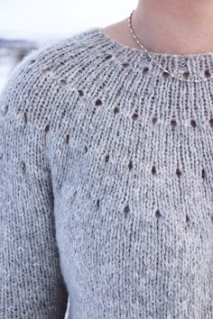 Knitting A Top Down Yoke Sweater - The Easy Eyelet Yoke Sweater - . - - Knitting A Top Down Yoke Sweater – The Easy Eyelet Yoke Sweater – … ordnung Knitting A Top Down Yoke Sweater – The Easy Eyelet Yoke Sweater – Knitting Kits, Free Knitting, Knitting Projects, Knitting Sweaters, Purl Stitch, Knit In The Round, Knit Crochet, Easy Crochet, Men Sweater
