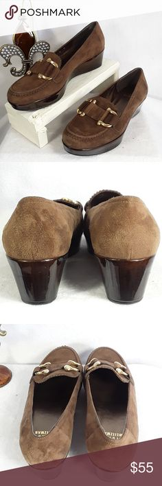 Stuart Weitzman Brown Suede Leather Wedged Shoes 🐌🦋🦋Pre owned STUART WEITZMAN Brown Suede Wedge Slip On Shoe Women🌹 Size 5M 🌹Made in SPAIN, in great condition, please view all pictures carefully for details. These shoes do have light wear.🦋🦋🐌 Stuart Weitzman Shoes Wedges