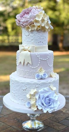 Possibly The Cutest Wedding Cakes Ever - cake: But a Dream Custom Cakes