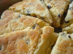 Girdle Scones - a Rustic Scottish Scone ... remember to double the recipe ... very yummy