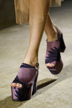 Dries Van Noten Spring 2016 Ready-to-Wear collection.