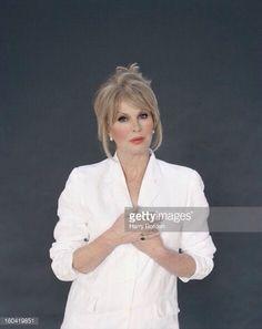 Joanna Lumley, Actors, Portrait, Coat, Image, Fashion, Moda, Sewing Coat, Headshot Photography