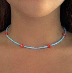 Diy Jewelry Necklace, Beaded Choker Necklace, Seed Bead Jewelry, Bead Jewellery, Necklace Designs, Beaded Jewelry, Beaded Bracelets, Stylish Jewelry, Cute Jewelry