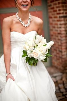 Pearl-Bridal-Statement-Necklace