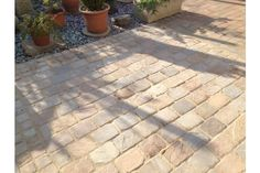 Landscaping Supplies Direct is rapidly becoming a top online retailer for garden landscape supplies in the UK. Driveway Paving Stones, Cobbled Driveway, Block Paving Driveway, Patio Slabs, Driveway Landscaping, Garden Paving, Garden Paths, Himalayan, Front Driveway Ideas