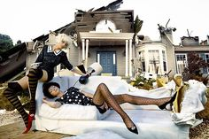 Destructions - Sofa - David Lachapelle