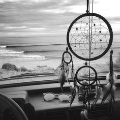 One day I will go far far away. Dream Catcher White, Dream Catchers, Vibes Tumblr, Nature Quotes Adventure, Boho Life, Good Vibes Only, Beach Pictures, Pretty Pictures, Far Away