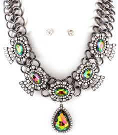 cool NECKLACE AND EARRING SET