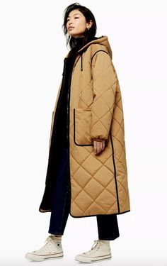 This quilted brown parka looks modern and oh so cool. We love the unique longline design, ticking the style box. Winter Stil, Topshop, Parka Coat, Fashion Outfits, Womens Fashion, Sporty Fashion, Ski Fashion, Quilted Jacket, Fashion Drawings