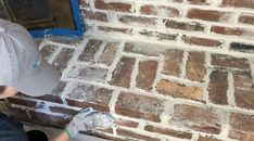 How to Paint a German Schmear Fireplace Makeover DIY Have a dark fireplace that needs a fresh new look? Brick Accent Walls, Faux Brick Walls, Brick Paneling, Faux Shiplap, Brick Fireplace Makeover, Fireplace Remodel, Diy Fireplace, Fireplaces, Fireplace Update