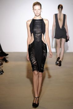 Amazing. Would have worn it in 2009, and would wear it today. Jil Sander Spring 2009 RTW