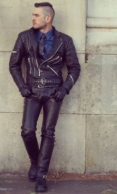 Leather Jeans Men, Leather Skin, Leather Gloves, Black Leather, Leather Jacket, Leather Fashion, Mens Fashion, Fred Perry Polo Shirts, Camouflage Pants