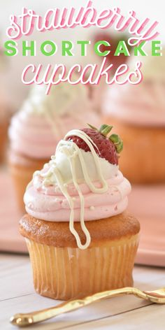A cute summer treat! Strawberry Shortcake Cupcakes with Strawberry Buttercream Frosting - made with the BEST buttercream! Cupcake Recipes, Baking Recipes, Cupcake Cakes, Snack Recipes, Dessert Recipes, Cupcake Art, Cup Cakes, Strawberry Shortcake Cupcake, Strawberry Cupcakes
