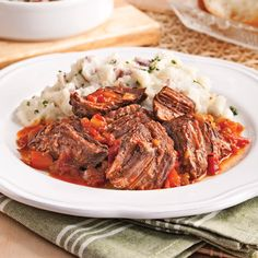 Boeuf braisé à l'italienne Beef Pot Roast, Other Recipes, Meatloaf, Love Food, Slow Cooker, Food And Drink, Tasty, Dishes, Cooking
