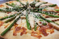 chicken and asparagus pizza @createdbydiane