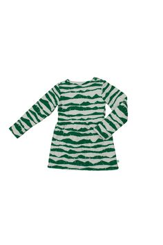 Great trendy dress for girls for this fall and winter. Super cozy thick 100% organic cotton green mountains dress can be worn with or without leggings under! Noe & Zoe did a great job with the print and you can get it at our shop with free shipping!!