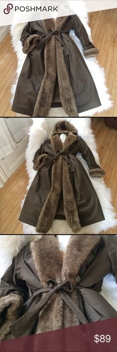 💗FUR LINED MAXI HOODED LONG COAT JACKET M/L Brown Excellent Condition! BEAUTIFUL QUALITY VINTAGE LONG MAXI COAT JACKET. FAUX FUR LINED. 💗FLATTERING CUT. NICE & SOFT. Large detachable Hood. Belt, pockets, cute buttons. Not Anthropologie,not free people. Is a Great unique Vintage coat. Can fit medium to large depending on preference of fit & if wanting to layer. Anthropologie Jackets & Coats