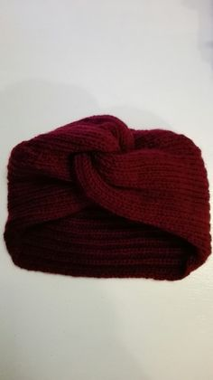 9859f81f489f 71 meilleures images du tableau bonnet   Scarves, Tutorials et Bazaars