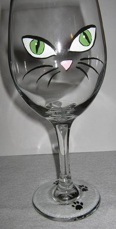 Cat Face and Paw Print Wine Glass Decorated Wine Glasses, Hand Painted Wine Glasses, Wine Painting, Bottle Painting, Pebeo Porcelaine 150, Wine Bottle Glasses, Eye Glasses, Beer Bottle, Wine Glass Designs