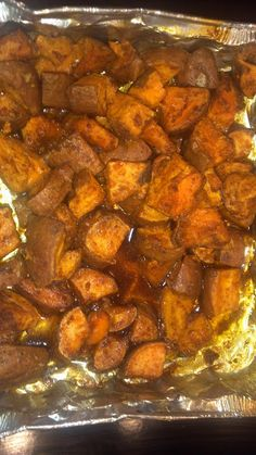 In the kitchen: Ganesha Sweet Potatoes-these look amazing Side Dish Recipes, Veggie Recipes, Indian Food Recipes, Vegetarian Recipes, Sweet Potato Curry, Sweet Potato Recipes, Potato Side Dishes, Healthy Eating Recipes, Detox Recipes