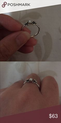 🐙 Mermaid sterling silver ring 🐙 Sterling silver925 Two mermaids holding a pearl. beautiful, unique, rare to find a ring this beautiful! Very detailed now this you won't find at the mall... 🤗No trades and price is firm. Jewelry Rings