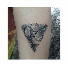 Fresh WTFDotworkTattoo Find Relax Meditate and Reflect on this Captivating Web Find Tattoo por @bruno.tattoo Confiram entrem em contato pelo 11.3081.1122 ou pelo tatuariasantapele@hotmail.com #ink #inked #tattoo #tattoosofinstagram #dotwork #dotworktattoo #mandala #underboobtattoo #sternumtattoo #tattoogeometrica #tatuagensfemininas #tatuagempontilhismo #pontilhismotattoo #pontilhismo #mandalatattoo #dotworking #mandalasketch #mandaladraw #sacredgeometry #blackworktattoo #linework…