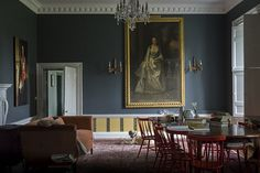 F&B In celebration of the Queen becoming the longest reigning monarch in British history we take a look at four royal colour schemes for you to use at home.