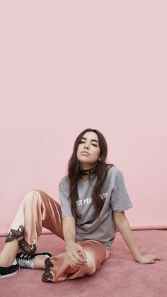 Discover recipes, home ideas, style inspiration and other ideas to try. Dua Lipa Dua Lipa, Dua Lipa Concert, Famous Singers, Poses, Female Singers, Woman Crush, Girl Power, Pretty People, Actors & Actresses