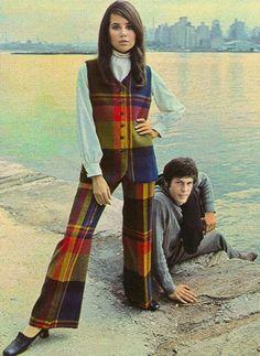 Colleen Corby for Ellen Tracy fashion - Seventeen Magazine - 1968 1960s Fashion, Trendy Fashion, Fashion Models, Vintage Fashion, Plus Fashion, Fashion Trends, Colleen Corby, Lauren Hutton, Moda Emo