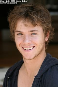 Jeremy Sumpter everybody. Feel free to stare.