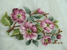 RP: VINTAGE Bucilla Decorated Needlepoint ebay.com