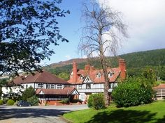 Llangollen Bryn Howel Hotel United Kingdom, Europe Bryn Howel Hotel is a popular choice amongst travelers in Llangollen, whether exploring or just passing through. Featuring a complete list of amenities, guests will find their stay at the property a comfortable one. Service-minded staff will welcome and guide you at the Bryn Howel Hotel. Guestrooms are designed to provide an optimal level of comfort with welcoming decor and some offering convenient amenities like internet acce...