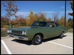 1968 Plymouth Hemi Road Runner  426 CI, Automatic