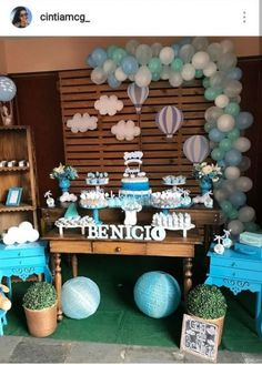 New Baby Shower Decorations Balloons Boy Ideas Distintivos Baby Shower, Baby Shower Vintage, Shower Bebe, Baby Shower Balloons, Birthday Balloons, Baby Shower Gifts, Birthday Parties, Baby Shower Decorations For Boys, Boy Baby Shower Themes