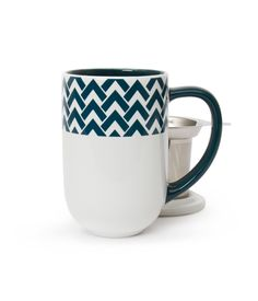 NORDIC MUG - INDIGO PEAKS: This mug is no optical illusion! Zig Zag your way to a perfect cup (with infuser and lid).