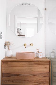 Bathroom Renos, Laundry In Bathroom, Small Bathroom, Bathroom Pink, Bathrooms, Bad Inspiration, Bathroom Inspiration, Bathroom Interior Design, Interior Livingroom