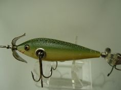 Vintage Antique Tackle Heddon 100 Wood Glass Eye Old Minnow  Fishing Lure Bait