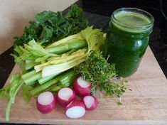 Why is this my most powerful green juice recipe yet? It has everything to do with the ingredients and the specific health benefits of each. http://livingmaxwell.com/juicing-radishes-broccoli-sprouts